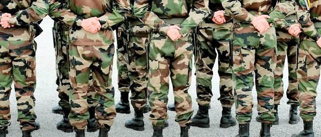 Le service civique envisagé par le chef de l'Etat pourrait durer un mois. Pas le temps de s'initier aux rudiments militaires, selon les experts.