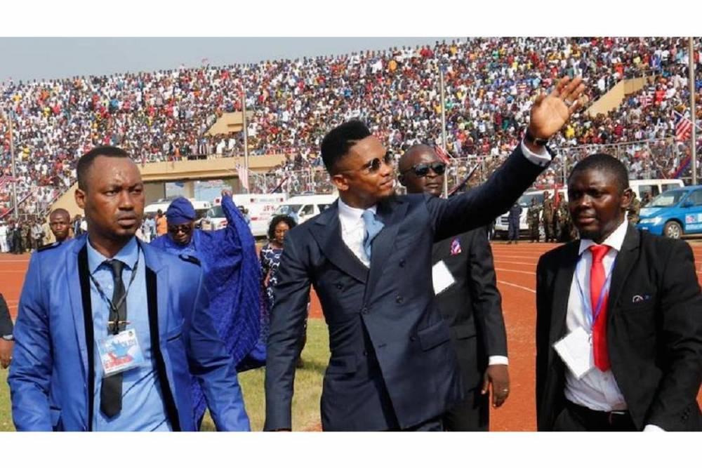 Arrivée du footballeur camerounais Samuel Eto'o.  ©  Reuters / Thierry Gouegnon