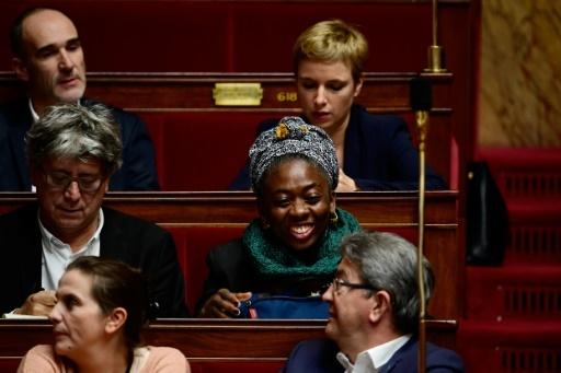 Des députés de la France Insoumise dont Jean-Luc Mélenchon (en bas à droite) et Clémentine Autain (en haut à droite) à l'Assemblée nationale à Paris le 15 novembre 2017 © Martin BUREAU AFP/Archives