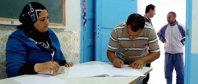 Depuis la révolution de janvier 2011, les Tunisiens ont pris de nombreuses fois le chemin des urnes. Ici, le dimanche 23 novembre 2014 pour la présidentielle.
