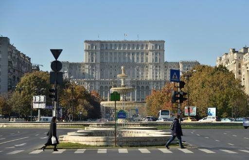 L'édifice du Parlement, ancienne Maison du peuple pendant la période communiste, à Bucarest en novembre 2017 © Daniel MIHAILESCU AFP
