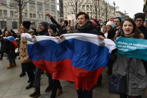 Des partisans de l'opposant russe Alexeï Navalny manifestent à Moscou, le 28 janvier 2018 © Vasily MAXIMOV  AFP