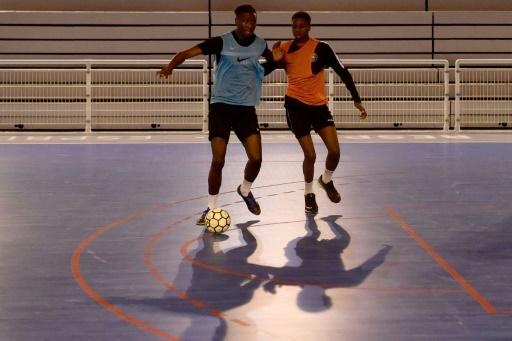 Joueurs de Futsal au Acces FC de Villeneuve-La-Garenne, le 18 janvier 2018 © Christophe SIMON AFP