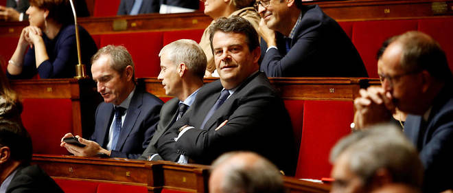Thierry Solère à l'Assemblée. En plus de ses activités politiques, le député est rémunéré pour des activités de conseil par plusieurs sociétés.