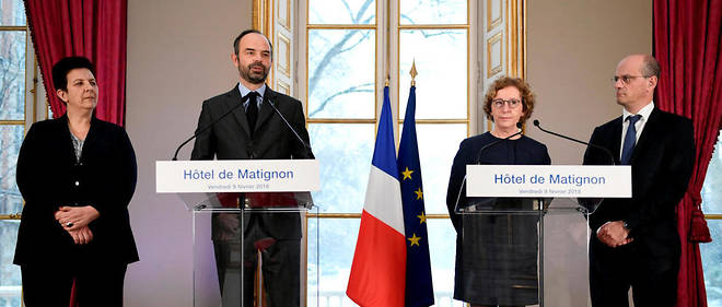 Édouard Philippe a présenté vendredi matin la réforme de l'apprentissage du gouvernement en compagnie de la cheville ouvrière de la réforme, Muriel Pénicaud, de la ministre de l'Enseignement supérieur, Frederique Vidal, ainsi que du ministre de l'Éducation nationale, Jean-Michel Blanquer.
