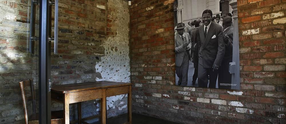 La chambre de Nelson Mandela dans la ferme de Liliesleaf, là même où il a été arrêté. Cette ferme est considérée comme le lieu où est née l'aile militaire de l'ANC.    ©  GIANLUIGI GUERCIA / AFP