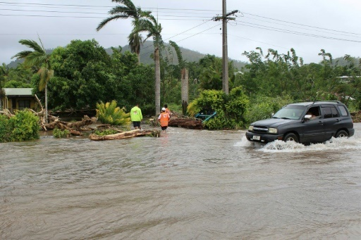 Photo fournie par la Croix-Rouge de Samoa le 12 février 2018 montrant une rue et des maisons inondées à Apia, après le passage du cyclone Gita © Handout Croix-Rouge de Samoa/AFP