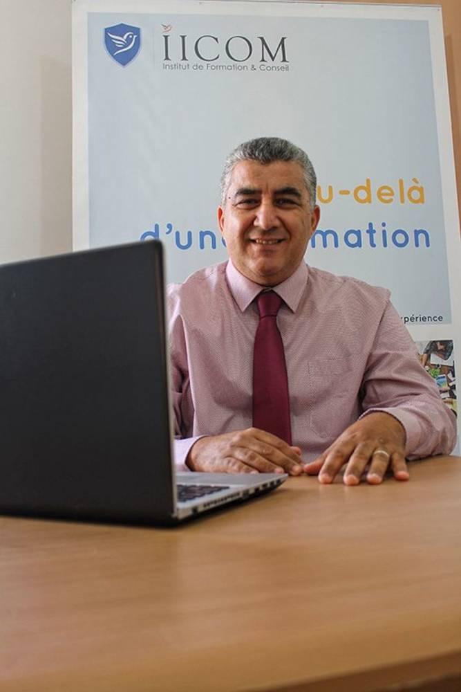 Abdelkrim Boudra du collectif Nabni estime que, malgré son écoute attentive, le gouvernement ne met pas en oeuvre sur le terrain les réformes nécessaires dont certaines sont proposées par le collectif.  ©  DR