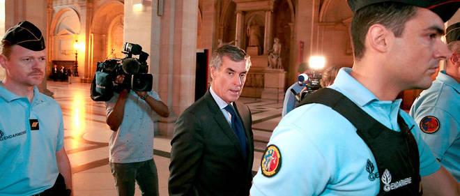 Le procès en appel de l'ex-ministre             du Budget, condamné à trois ans de prison ferme pour fraude fiscale et blanchiment en 2016, s'est ouvert lundi 12 février à Paris.