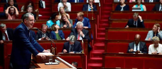 Richard Ferrand, patron des quelque 310 députés en marche. Dans l'histoire, d'autres vagues ont mené au Palais-Bourbon des élus inconnus et peu expérimentés, mais aucune de cette importance.