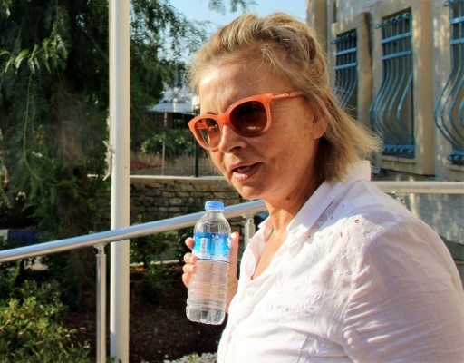 Une photographie fournie le 26 juillet 2016 par l'agence Ihlas montre la journaliste Nazli Ilicak, à Mugla en Turquie, le 26 juillet 2016 © IHLAS NEWS AGENCY IHLAS NEWS AGENCY/AFP/Archives