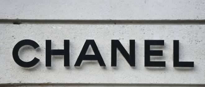 Luxe  Chanel signe un partenariat avec la plateforme de vente en ligne  Farfetch - Le Point d2e34f3bb0a