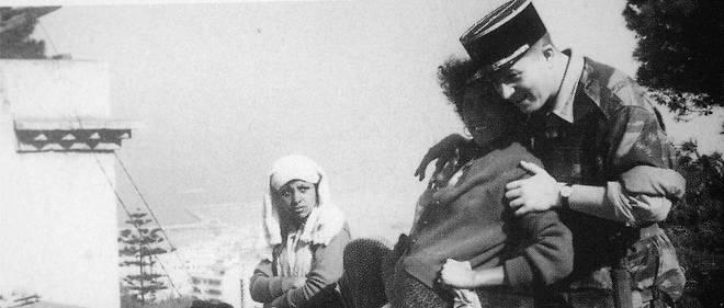 Le lieutenant Jean-Marie LePen, engagé volontaire du 1er régiment étranger de parachutistes pendant la guerre d'Algérie (1954-1962).