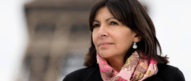 Voies sur berge, Vélib', rats... Les déconvenues s'enchaînent pour la maire de Paris.