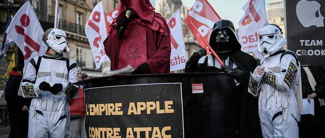 Des militants d'Attac en février 2018.