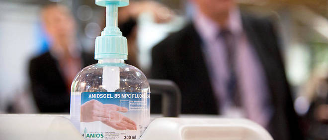 Le gel hydroalcoolique est un désinfectant très utilisé dans les hôpitaux.