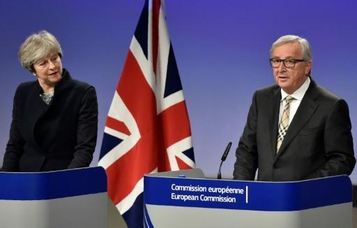 La Première minsitre britannique Theresa May et le président de la Commission européenne Jean-Claude Juncker, le 8 décembre 2017 à Bruxelles © JOHN THYS AFP/Archives