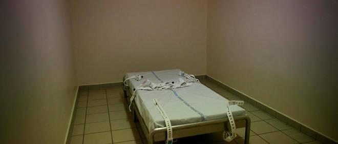 Psychiatrie : « Traitement inhumain et dégradant » au CHU de Saint-Étienne  - Le Point
