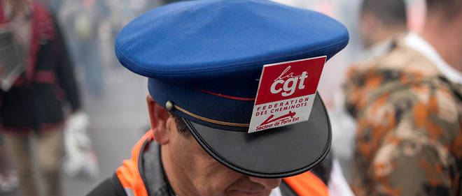 Les syndicats décideront le 15 mars s'ils entament un mouvement de grève contre la réforme de la SNCF.