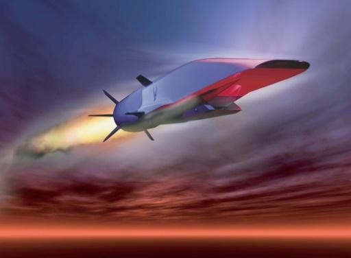 Dessin d'illustration fournit par l'armée de l'air américaine du X-51A Waverider, un missile de démonstration qui devrait être capable de voler à des vitesses hypersoniques © Handout US AIR FORCE/AFP/Archives