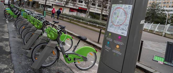 Face au retard pris par l'installation des nouveaux Vélib', la Mairie de Paris a décidé de reprendre la main et recadre l'entreprise Smovengo (illustration).
