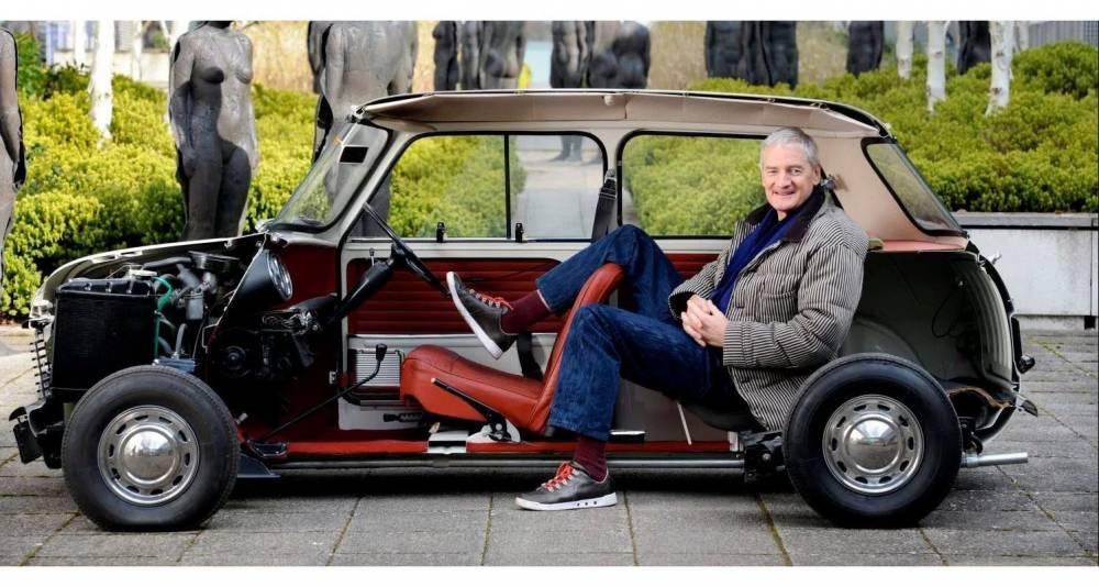 James Dyson tenté par l'aventure automobile électrique, à la façon de Tesla ©  DR
