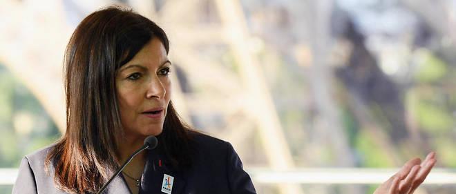 La maire de Paris, Anne Hidalgo, fait face à un vent de critiques pour sa gestion de la ville.
