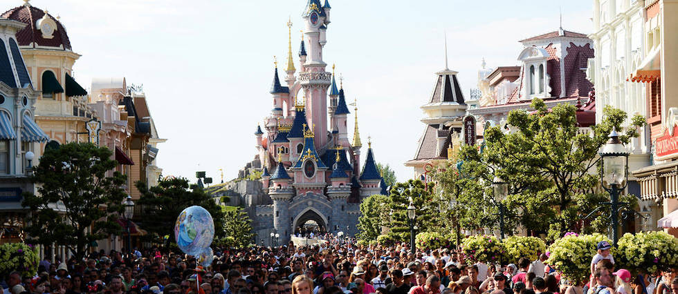 Pourquoi Disney A Decide D Etendre Son Parc D Attractions
