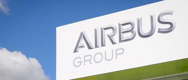 Airbus a annoncé que la baisse des cadences de production des A380 et A400M affectera «au maximum» 3700 postes.
