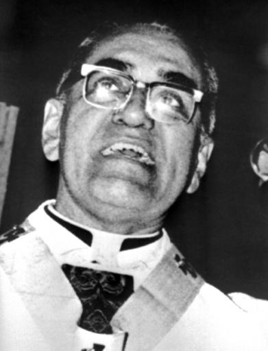 L'archevêque salvadorien Oscar Romero, ici le 1er janvier 1979, va être proclamé saint. © - AFP/Archives
