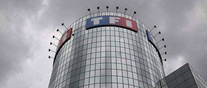 À la demande du CSA et du ministère de la Culture, Canal+ va transmettre de nouveau les chaînes du groupe TF1 à ses abonnés satellitaires, une majorité de ses clients.