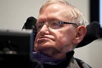 Stephen Hawking a survécu 55 ans, ce qui est tout à fait exceptionnel, probablement parce qu'il était atteint d'une forme rare de la maladie de Charcot.  ©NIKLAS HALLEN/AFP