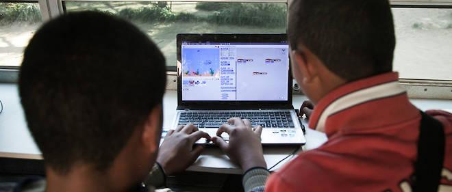 Apprendre à des enfants à surfer dans les codes est un enjeu majeur de présence del'Afrique demain dans le numérique.Ici des jeunes Malgaches en septembre 2016 dans le cadre d'un projet dit Ngo Habaka.