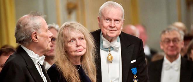 Trois sages ont annoncé vendredi leur démission de l'académie suédoise pour protester contre les divisions nées au sein de l'institution décernant le Nobel de littérature depuis le mouvement #Metoo qui l'a éclaboussée. À droite, l'académicien Kjell Espmark qui a démissionné.