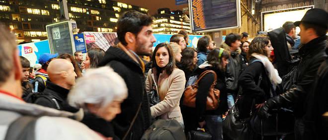 Des collectifs d'usagers à travers l'Hexagone ont lancé des mouvements de contestation face à la grève de la SNCF.