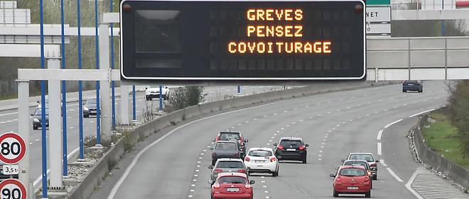 La demande de covoiturage a été multipliée par trois chez BlaBlaCar, depuis le début de la grève SNCF le 3 mars.
