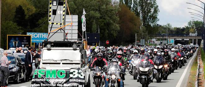 À Bordeaux comme ailleurs le 14 avril, les usagers opposés au 80 km/h ont manifesté en masse.
