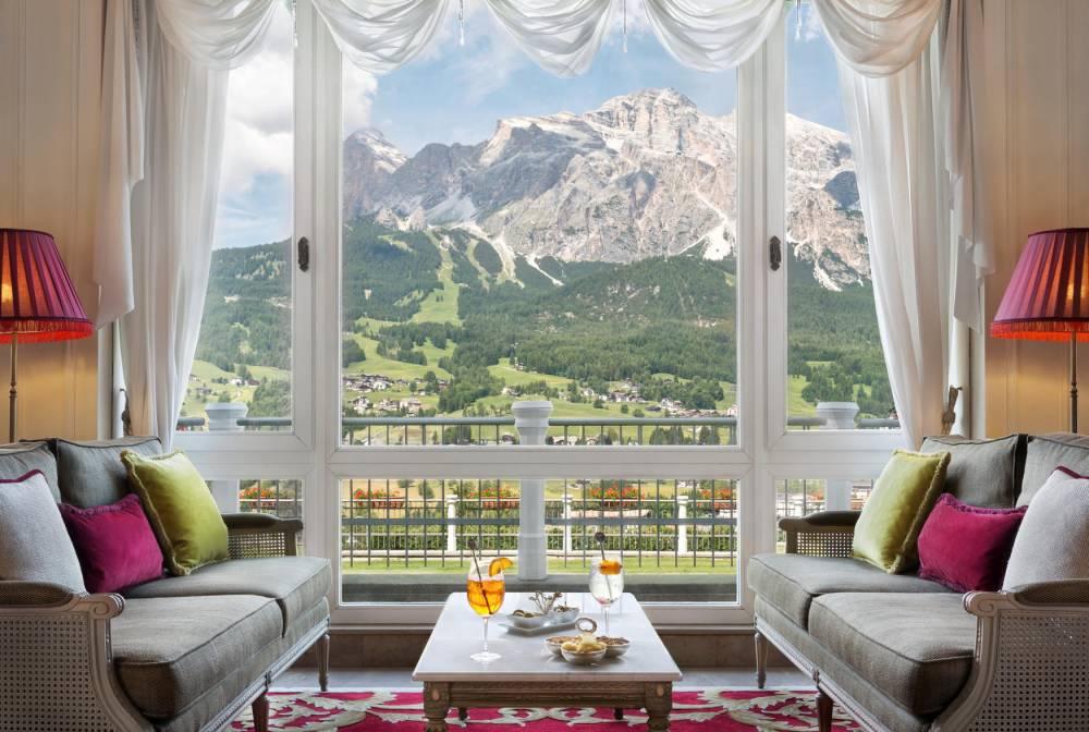 Cristallo face aux Dolomites. © Matteo Barro Matteo Barro