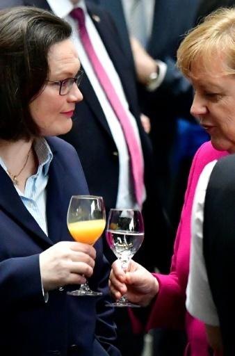 Angela Merkel et Andrea Nahles à Berlin, le 12 mars 2018 © Tobias SCHWARZ AFP