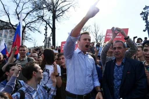 L'opposant russe Alexeï Navalny lors d'une manifestation anti-Poutine à Moscou, le 5 mai 2018 © Kirill KUDRYAVTSEV AFP