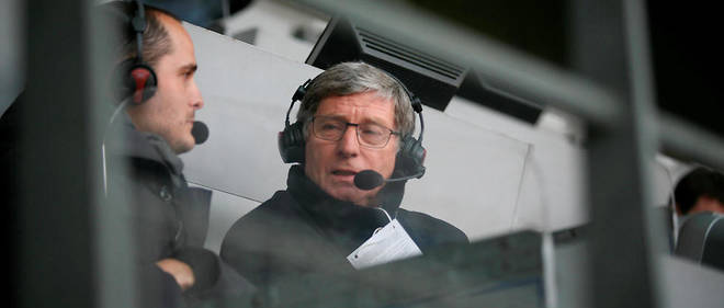 Depuis la tribune Thierry-Roland du Stade de France, Jean-Michel Larqué commentera son dernier match de football avant une retraite bien méritée.