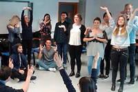 Le cours  « La Force du manager de demain » de Grenoble École de Management est enseigné aux élèves de deuxième et de troisième année, et témoigne de cette appétence des futurs managers pour les« compétences humaines et relationnelles ».