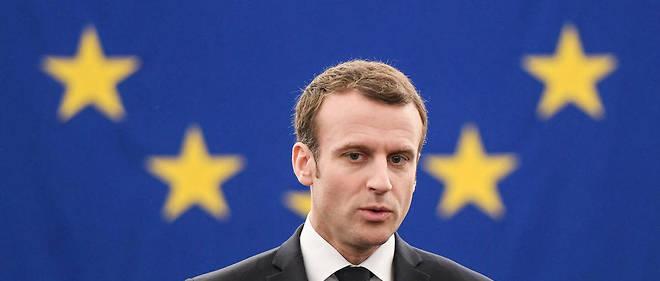Le président français se voit remettre le prix Charlemagne pour sa campagne très pro-européenne.