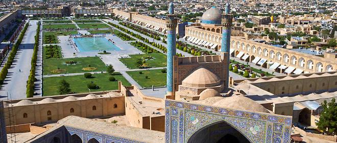 Vue générale d'Ispahan sur la place de l'Imam, classé Patrimoine mondial de l'Unesco.
