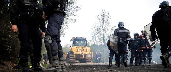«Les opérations à Notre-Dame-des-Landes ne seront terminées que le jour où l'État de droit sera totalement respecté», a déclaré la préfète des Pays de la Loire Nicole Klein.