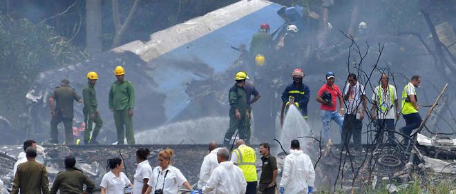 L'avion transportait 104 passagers et 6 membres d'équipage.