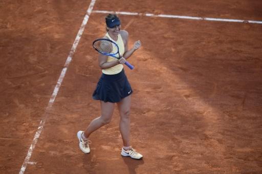 Belle victoire pour Maria Sharapova victorieuse de Jelena Ostapenko à Rome, le 18 mai 2018  © Filippo MONTEFORTE AFP