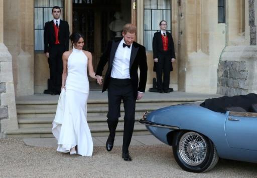 Le couple prend la direction de la réception après la cérémonie , le 19 mai 2018 à Windsor © Steve Parsons POOL/AFP