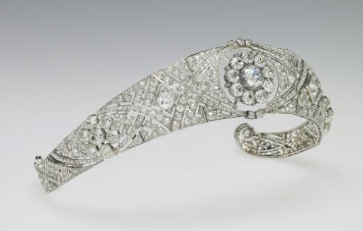 Le diadème de diamants de la Reine Mary, porté par Meghan Markle lors de son mariage, sur une photo fournie par le Royal Collection Trust le 19 mai 2018 © HO ROYAL COLLECTION TRUST/AFP