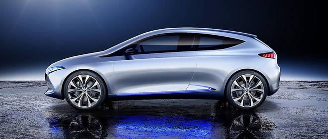 Présentée en 2017 au salon de Francfort, la Mercedes EQA Concept préfigure une berline compacte électrique qui sera assemblée dans l'usine de Hambach en Moselle. Ce sera la première Mercedes fabriquée en France.